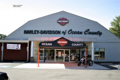 Harley-Davidson-closer-front-of-building